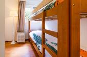 Schalfzimmer mit Stockbetten